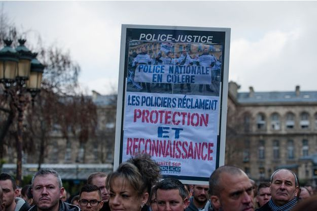 Les manifestations de policiers se multiplient, comme ici le 15 mars 2017.