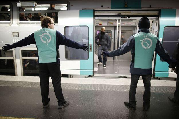 Le trafic sera perturbé sur les RER A et B.