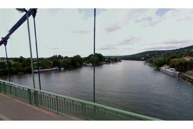 La vue de la Seine, depuis la rue Egène Senet, à Vaux-sur-Seine