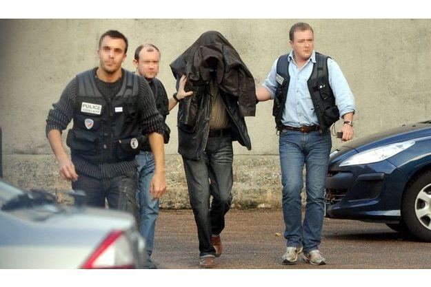 L'un des complices de Jean-Pierre Treiber, au palais de justice d'Auxerre en novembre 2009