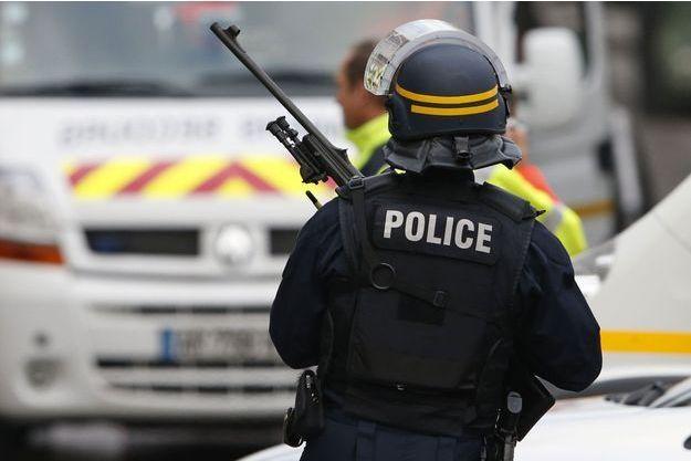 Une dizaine de personnes ont été placées en garde à vue après une intervention du Raid dans une cité marseillaise. (image d'illustration)