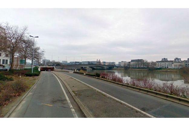 Le pont Audibert, vu du quai André Morice à Nantes
