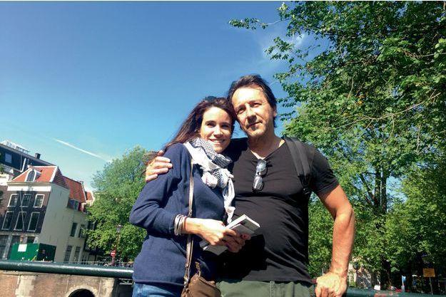 Le couple  à Amsterdam, le 20 août, la veille du voyage retour.