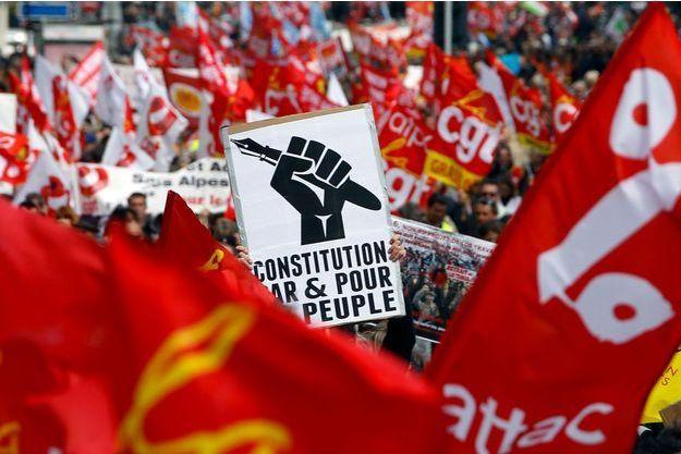 Des manifestants dans la rue le 31 mars