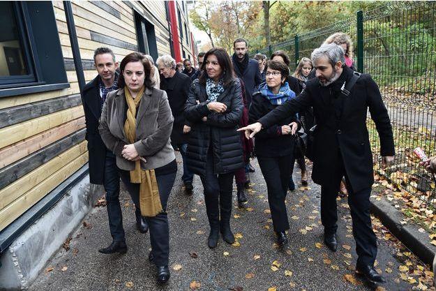 Le centre avait ouvert ses portes samedi, en présence d'Emmanuelle Cosse et d'Anne Hidalgo.