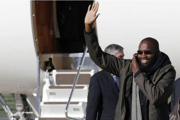 Thierry Dol photographié le 30 octobre 2013, jour de son retour en France à l'aéroport de Villacoublay.