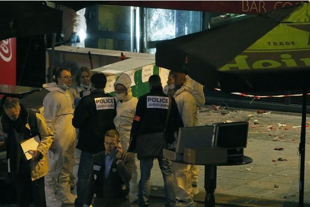 Les abords du Stade de France après l'explosion