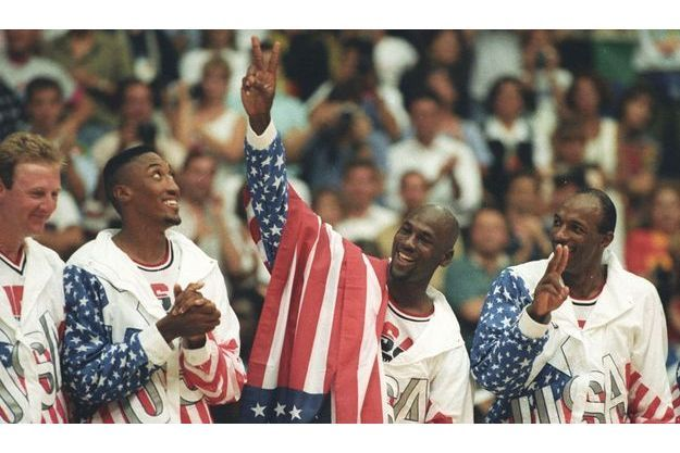 Larry Bird, Scottie Pippen, Michael Jordan et Clyde Drexler.