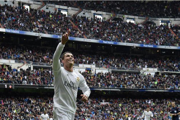 Cristiano Ronaldo vient de marquer un but pour le Real Madrid, dans le stade Santiago Bernabeu, le 8 mai dernier.