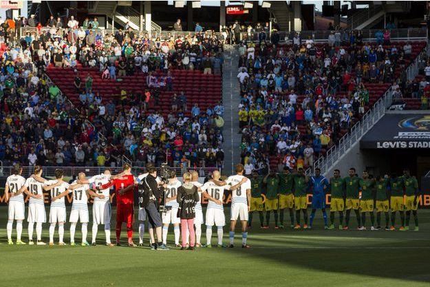 A Santa Clara, une minute de silence avait été organisée avant le match de football entre l'Uruguay et la Jamaïque, le 14 juin 2016.
