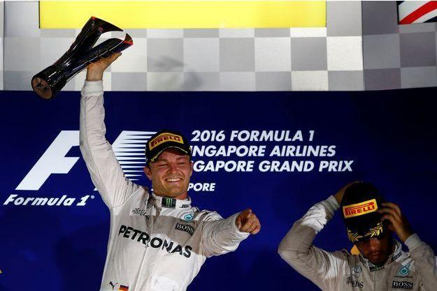 L'Allemand Nico Rosberg s'est imposé au Grand Prix de Singapour.