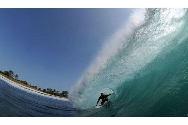 Eneko Acerao, le chevaucheur de vagues.