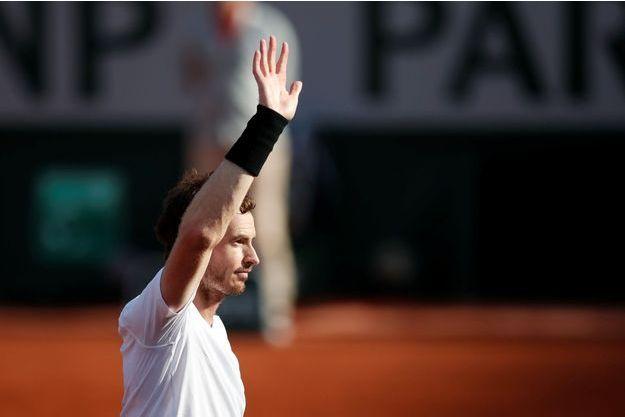 Andy Murray va reverser les gains du tournoi du Queen's aux victimes de la tour Grenfell.