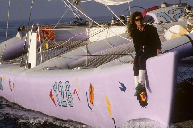 1986, 3e Route du Rhum. Florence Arthaud sur son catamaran.