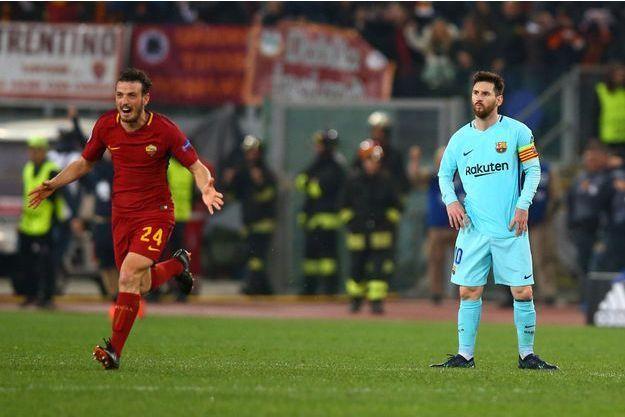 Alessandro Florenzi célèbre la victoire devant un Lionel Messi dépité.