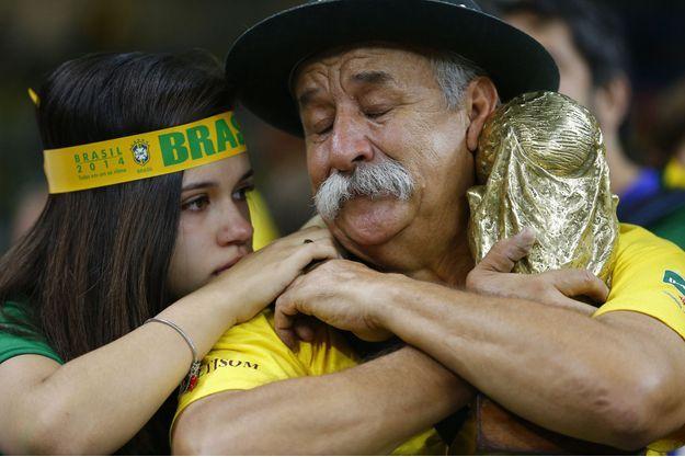 Les larmes de Clovis Fernandes après l'élimination du Brésil, le 8 juillet 2014.