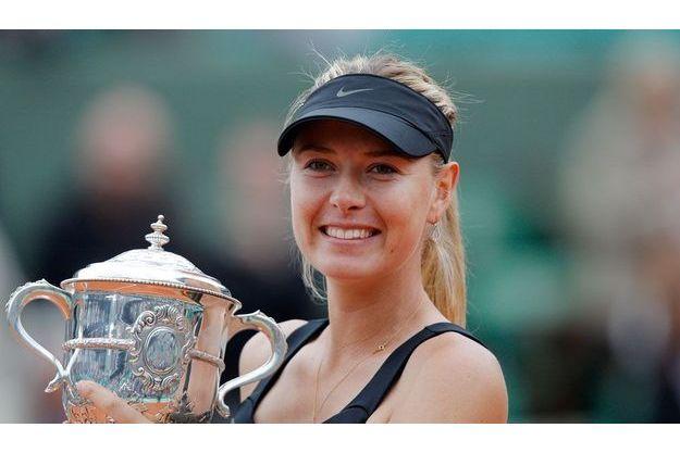 Samedi 9 juin 2012, Maria Shaparova remporte la fiale de Roland-Garros.