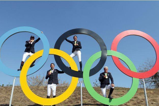 Philippe Rozier, Pénélope Leprévost, Kevin Staut, Roger-Yves Bost, équitation, saut d'obstacles par équipes.