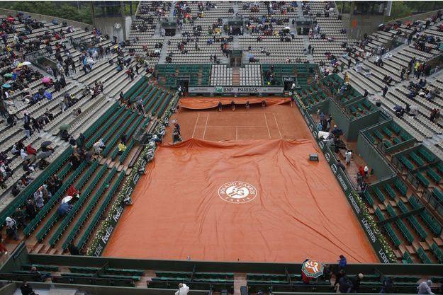 La pluie a une nouvelle fois perturbé la journée de mardi à Roland-Garros.