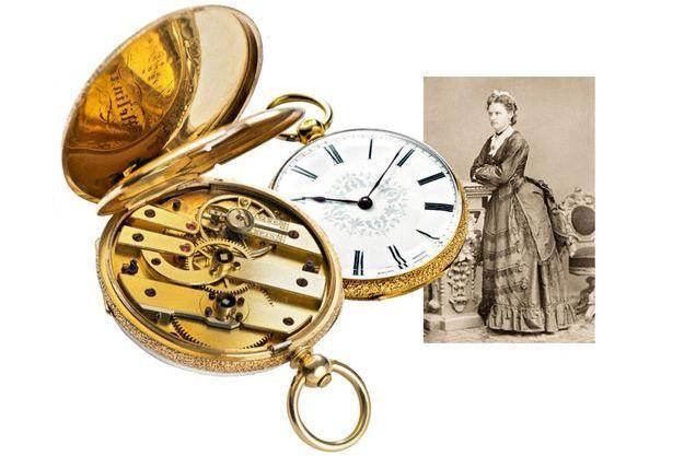 L'histoire des montres féminines chez Baume & Mercier  remonte à 1869, lorsque Louis-Victor Baume offre à sa fille, pour ses 21ans, un garde-temps au lieu d'un bijou classique.