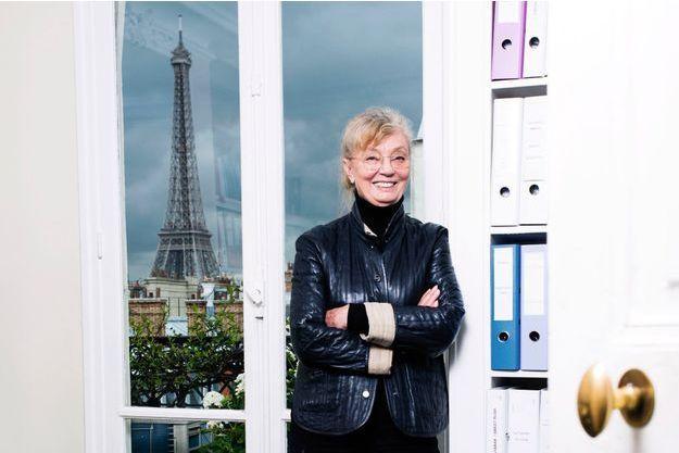 Margaret Ménégoz dans les bureaux des Films du Losange