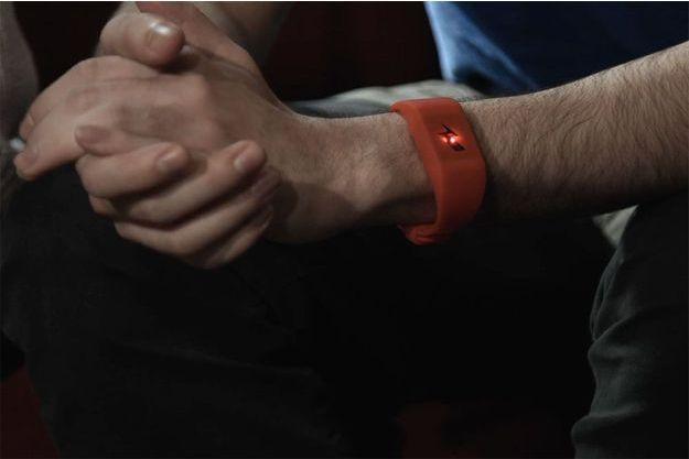 Le bracelet des sociétés Pavlok et Intelligent Environments