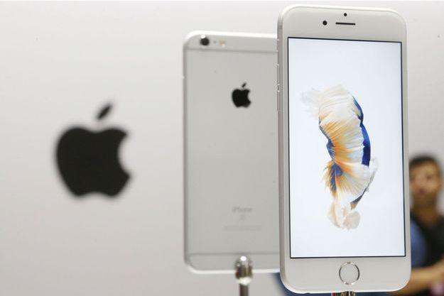 Le dernier smartphone de la marque Apple: l'Iphone 6s.