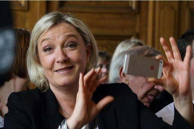 Marine Le Pen le 30 mars à Hénin-Baumont