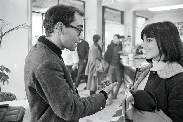 Avec le réalisateur,  en novembre 1965, pendant le tournage dans un café de Vincennes.