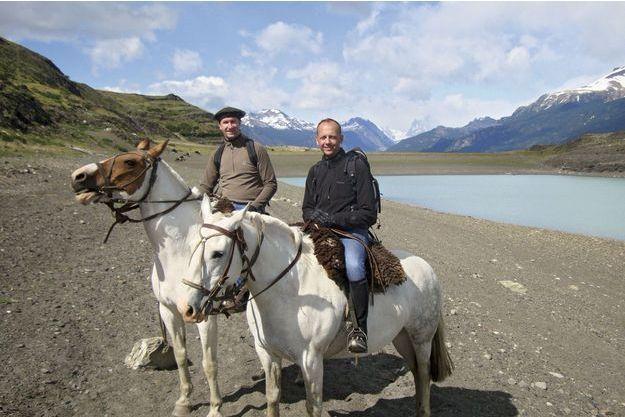 Christian (à g.) et Fabrice lors d'un voyage en Patagonie en 2011.