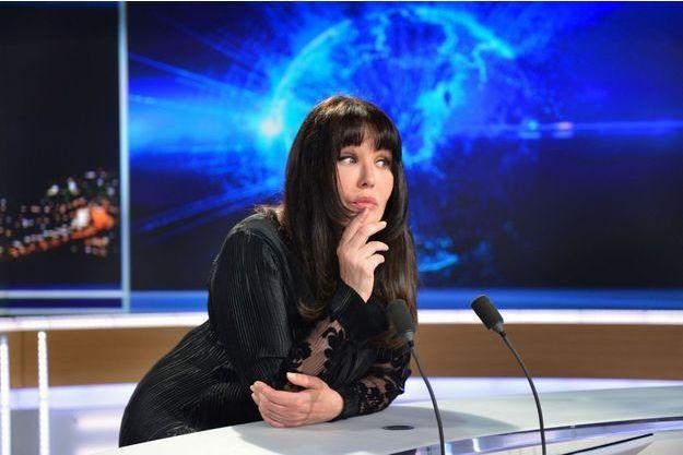 Isabelle Adjani invitée du 20h de Claire Chazal sur TF1