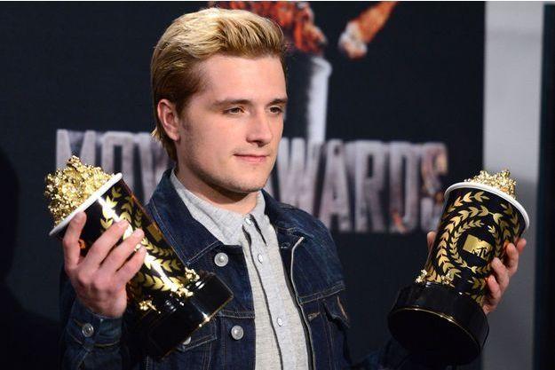 """L'année dernière, Josh Hutcherson avait obtenu un pot de pop-corn doré pour sa performance dans le film """"Hunger Games"""", également sacré """"Film de l'année""""."""