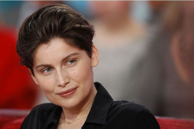 "Laetitia Casta trouve Julie Gayet ""courageuse""."