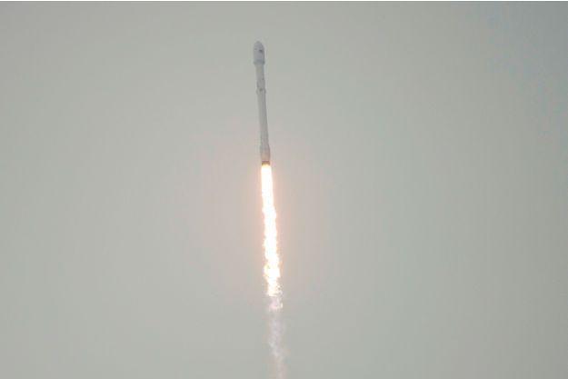 SpaceX a réussi à mettre en orbite le satellite Jason 3 mais a échoué l'atterrissage de son lanceur Falcon 9.