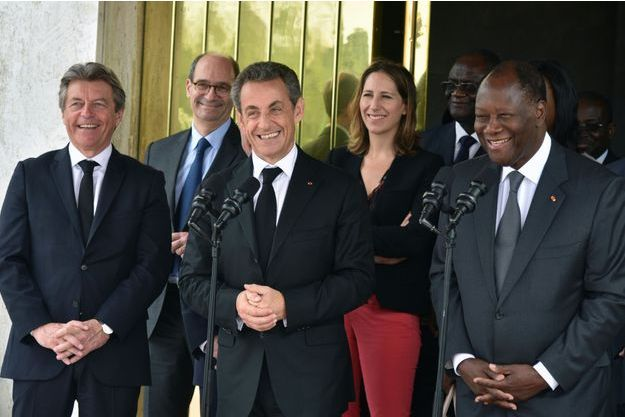 Nicolas Sarkozy, aux côtés du président ivoirien Alassane Ouattara
