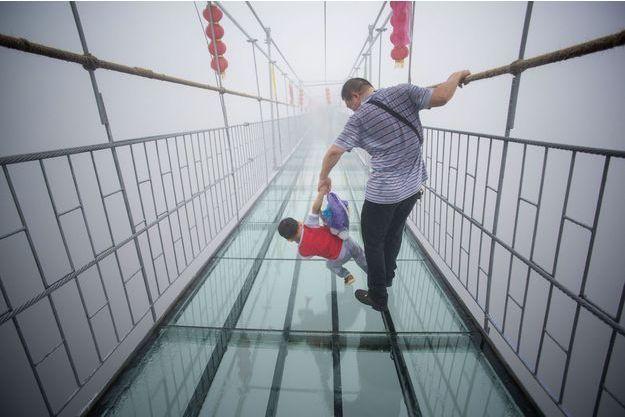 Le pont des héros de la province du Henan en Chine.