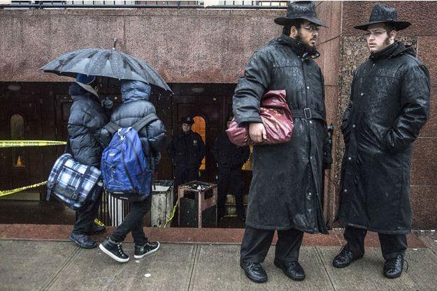 Un étudiant juif a été poignardé dans une synagogue de Brooklyn.