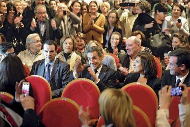 Nicolas Sarkozy a assisté à une vingtaine de concerts de sa femme, Carla Bruni. Ici, le 23 janvier, à Lyon.