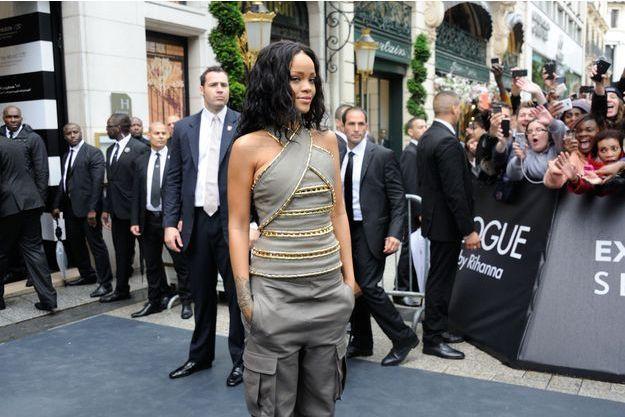 Rihanna, au Sephora des Champs-Elysées, Paris le 4 juin 2014.