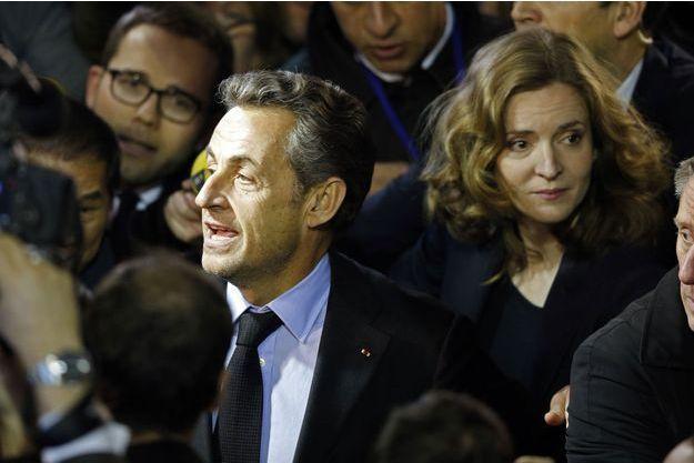 Nicolas Sarkozy, acclamé au meeting de NKM.