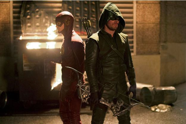 "Un spin-off d'""Arrow"" et de ""The Flash"", intitulé ""Legends of Tomorrow"", est actuellement en préparation pour 2016."