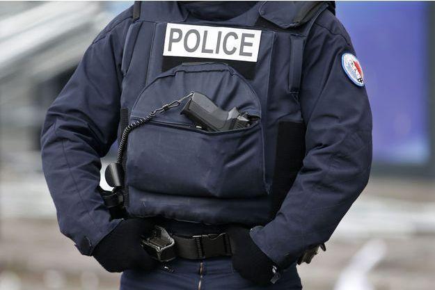 Le policier était père de deux enfants.