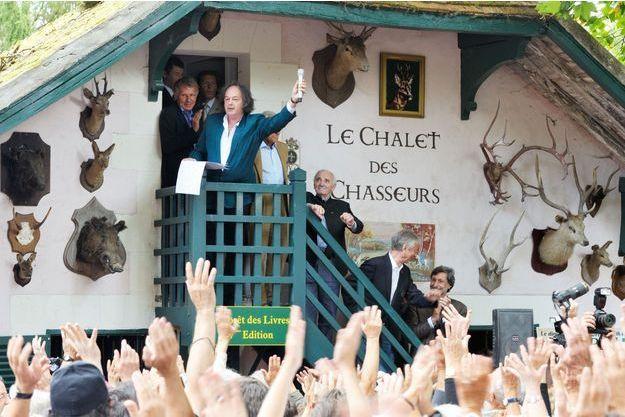 Gonzague Saint Bris, les personnalités des arts et des lettres, le public. « La Forêt des Livres 2015 » ajoute une page de plus à son histoire : 20 ans déjà !