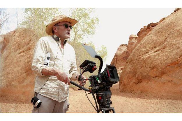 Le réalisateur pendant le tournage dans les gorges  de l'Utah.