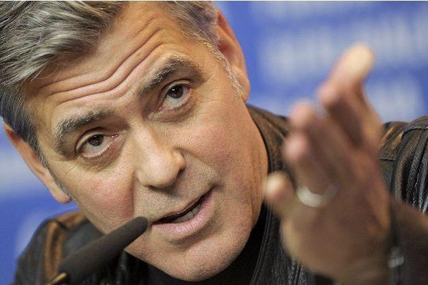 George Clooney a répondu à deux reprises à des questions sur son engagement envers les réfugiés.
