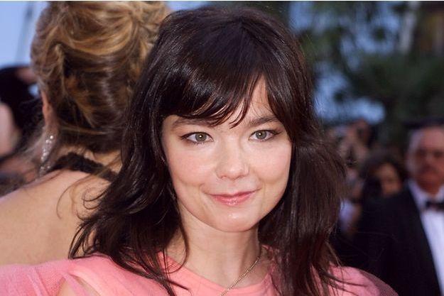 La chanteuse Björk lors du Festival de Cannes 2000.