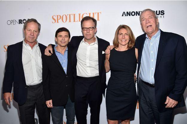 De gauche à droite, Ben Bradlee, Jr., Michael Rezendes, le réalisateur Tom McCarthy, Sacha Pfeiffer et Walter Robinson