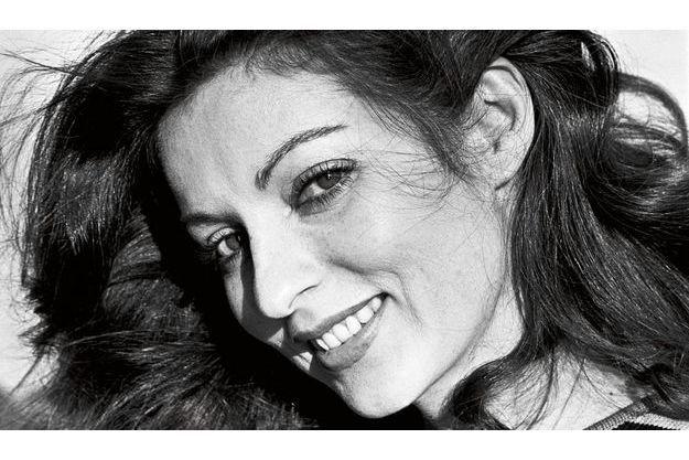 1976. Elle a reçu son premier César, pour le rôle de Karine dans « Cousin, cousine », de Jean-Charles Tacchella.