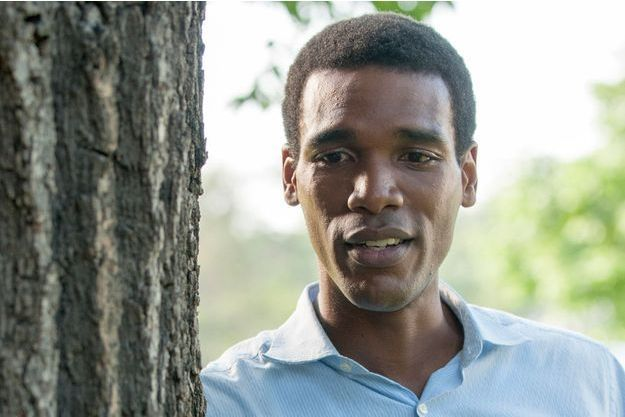 "Parker Sawyers dans ""First Date"""