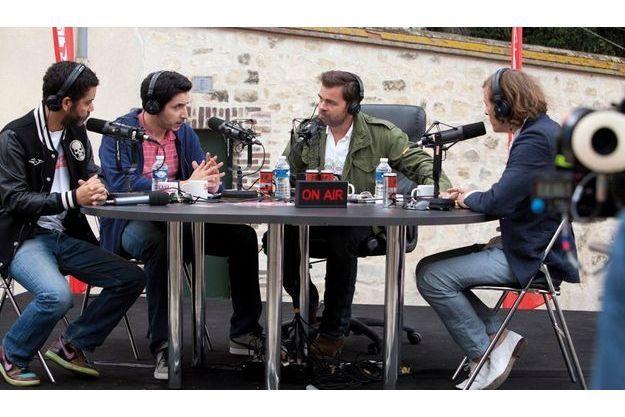 """Radiostars"" de Romain Levy, avec Manu Payet, Clovis Cornillac, Douglas Attal, Pascal Demolon,  Benjamin Laverhne, Côme Levin, Zita Hanrot…"